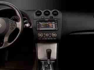 2010 Nissan Altima dash