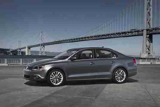 2011 VW Jetta car review by Lauren Fix
