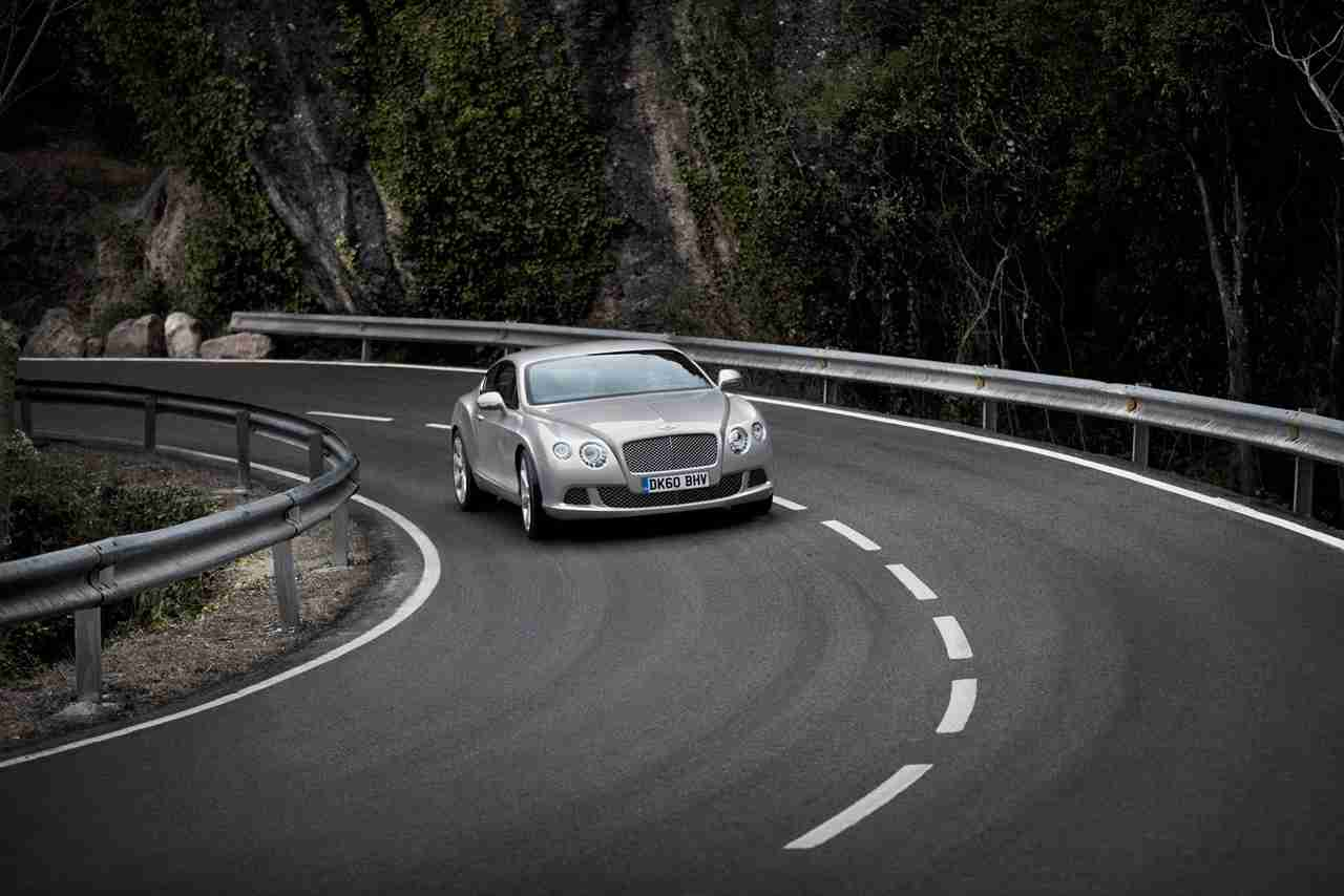 2010 bentley continental gt car review by car expert lauren fix 2010 bentley continental gt 2010 bentley continental gt vanachro Gallery