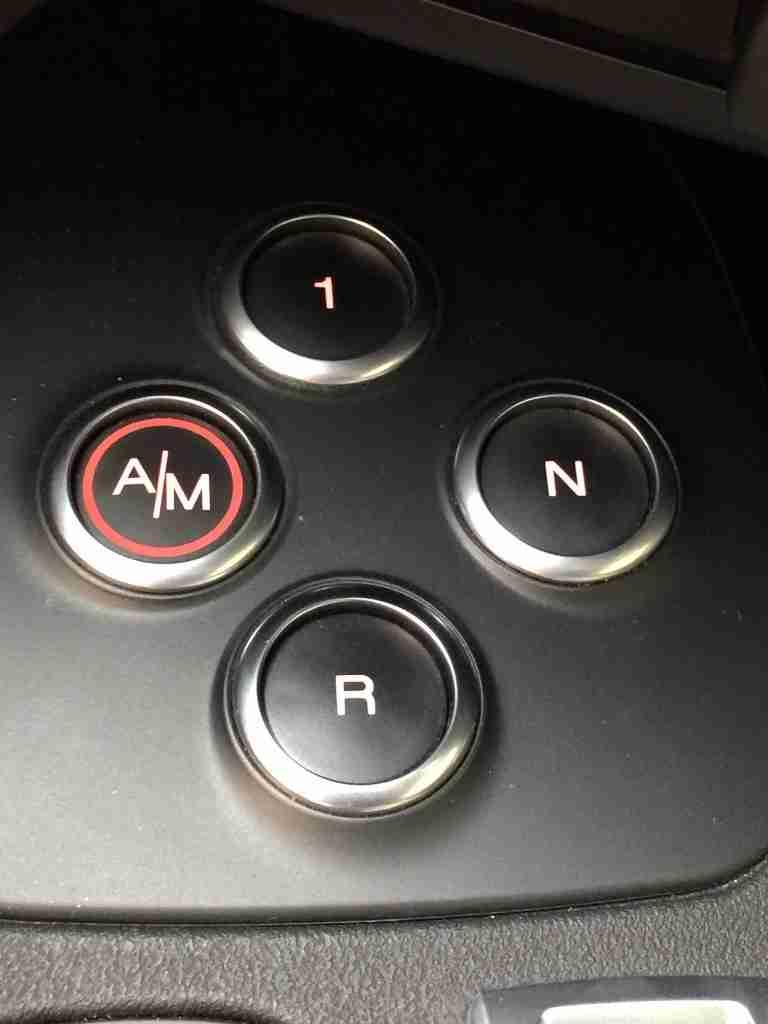 Alfa Romeo 4C buttons