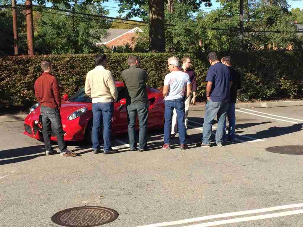 Alfa Romeo 4C car show2