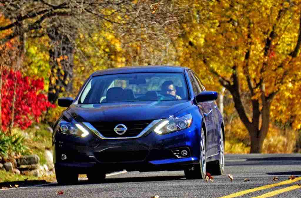 photo of 2016 Nissan Altima by Mark Elias